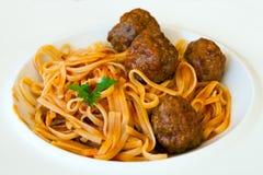 Läcker pasta med köttbullar Royaltyfria Bilder