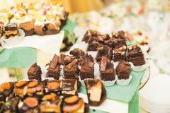 Läcker tabell för efterrätt för stång för godis för bröllopmottagande Fotografering för Bildbyråer
