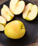 läckert äpple Arkivbild