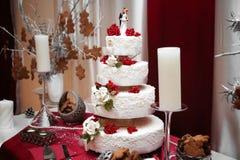 läckert bröllop för cake arkivbilder