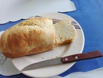 Läckert hem som göras bröd Royaltyfri Foto