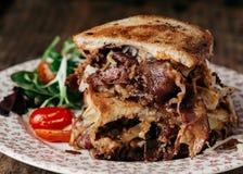 läckert reuben smörgåsen Royaltyfri Foto