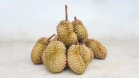 Läckra frukter för Durians i Thailand Arkivbilder