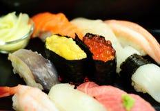 läckra sushi Arkivfoton