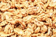Läckra valnötter - många delar Arkivfoton