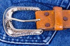 läder för jeans för blå brown för bälte Royaltyfri Bild