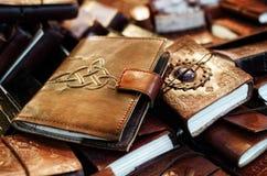 Läderdagböcker och anteckningsböcker Arkivbild