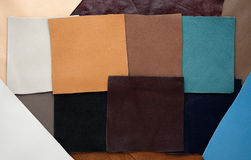 Läderlappar av olik färg Arkivbild