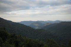 LäderremPha Phum berg Arkivbilder