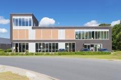 lägenheter som bygger arbete för ställe för affärskontor arkivfoto