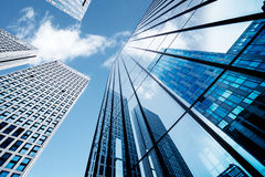 lägenheter som bygger arbete för ställe för affärskontor Arkivfoton