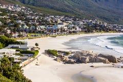 Lägerfjärdstrand, Cape Town royaltyfria foton
