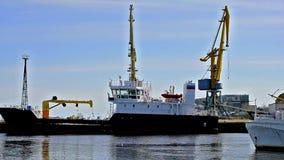 Lägesskepp Buran Lake Onega i Petrozavodsk lager videofilmer