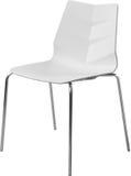 Lägger benen på ryggen plast- stol för vit färg med krom, den moderna formgivaren Stol som isoleras på vit bakgrund Fotografering för Bildbyråer