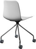 Lägger benen på ryggen plast- stol för vit färg med krom, den moderna formgivaren Svängtappstol som isoleras på vit bakgrund Arkivfoton