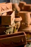 lägger in terrakotta Arkivfoton