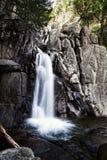 Lägsta Chilnualna faller lång exponering Yosemite parkerar fotografering för bildbyråer