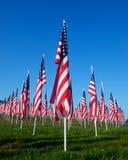 läka för 9 11 fältflaggor Arkivfoton
