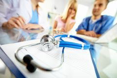Läkarundersökningen anmärker Fotografering för Bildbyråer