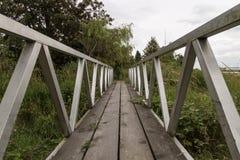 Ländliche Fuß-Brücke Stockfoto