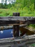Ländliche Holzbrücke Lizenzfreie Stockfotografie