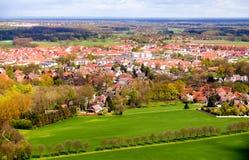 Ländliche Landschaft der Kunst Feld und Gras Lizenzfreies Stockfoto