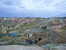 Ländliche Landschaft Urgup mit Bauernhof lizenzfreies stockbild