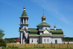 Ländliche orthodoxe Kirche in Sibirien stockbild