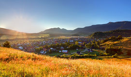 Ländliche Szene in Slowakei Tatras - Dorf Zuberec stockbilder