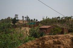 Ländliches Dorf auf einem Hügel, Ruanda Stockfoto