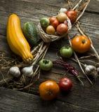 Ländliches Stillleben mit Gemüse Stockbild