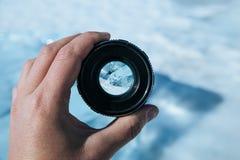Längd av Laket Baikal till och med kameralinsen Arkivbilder