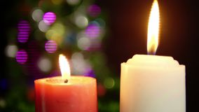 Längd i fot räknat av brinnande suddighet för stearinljus Juldagen