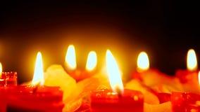 Längd i fot räknat av stearinljusbränningen med blommakronblad vektor för valentin för pardagillustration älska