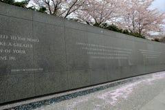 Länge der Granitwand mit Wörtern von Martin Luther King, Washington, DC, 2017 Lizenzfreie Stockfotos