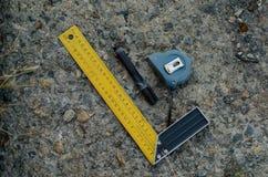 Längenmaßwerkzeug Bequemlichkeit für Arbeit mit Maßen stockbilder