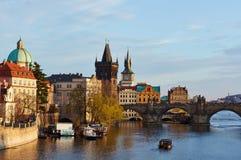 Längs den Vltava floden Arkivbilder