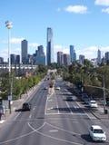 Längs svangatan till det västra med det Eureka tornet centrerar konster och Southbank Royaltyfri Bild