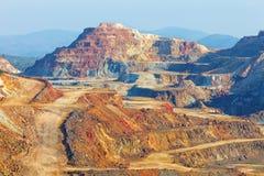 längs vart andalusian område kopparguld har huelva att lokaliseras bryter bröt mineraler annan spain för silver för den landskapr Arkivbild