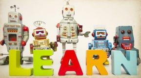 Lär den robotar tonade bilden Royaltyfria Bilder