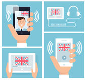 Lära engelska med mobil teknologi och apparaten Undervisande engelskt online- också vektor för coreldrawillustration Arkivbilder