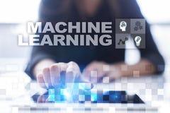 Lära för maskin Text och symboler på den faktiska skärmen Affärs-, internet- och teknologibegrepp royaltyfri illustrationer