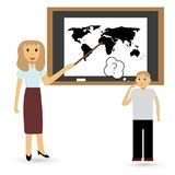 Lärare och student på kursen av geografi gears symbolen Arkivfoton
