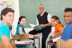 Lärarestudentklassrum royaltyfri fotografi