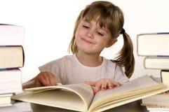 läsa för böcker Royaltyfri Fotografi