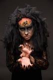 Läskig allhelgonaaftonbrud med läskig makeup för begrepp Royaltyfri Bild