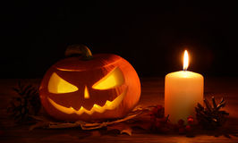 Läskig halloween pumpasila-o-lykta Arkivbild