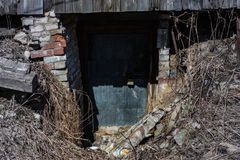 läskig källare Arkivfoto