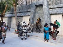 Läskiga seende Mayan grabbar arkivfoto
