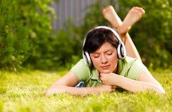 lätt lyssna Fotografering för Bildbyråer